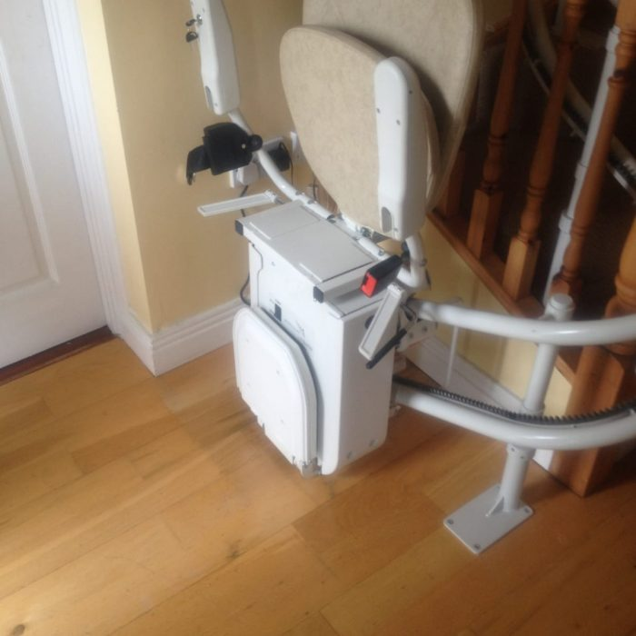 carraige starting position stair lift