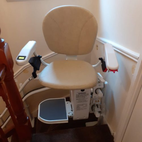 stair lift that turns corners